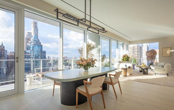由CetraRuddy为东59街200号设计的每一个单位都有私人户外阳台。